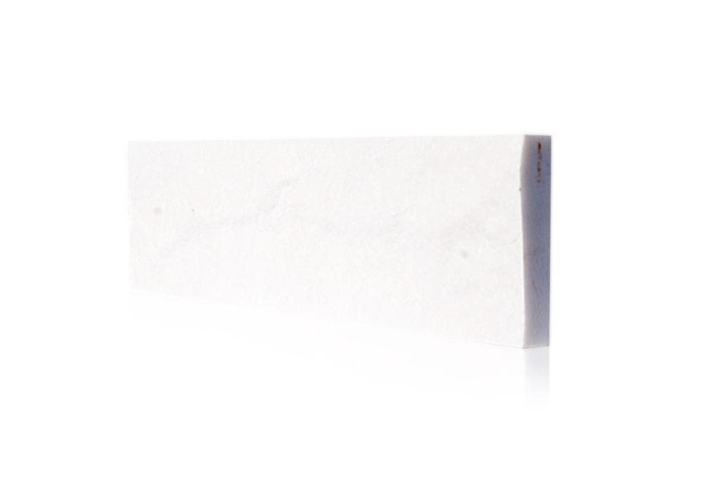 białe cegiełki